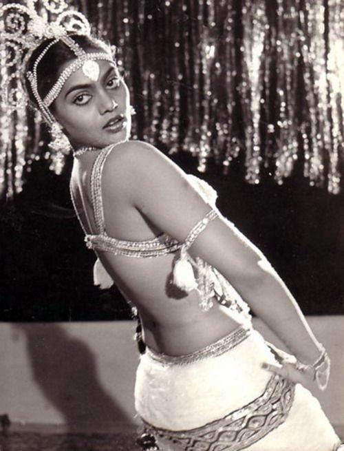 Glamorous Silk Smitha bar dancer