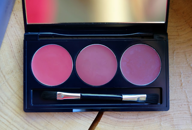 Vapour Organic Beauty's Artist Palette in Afterglow