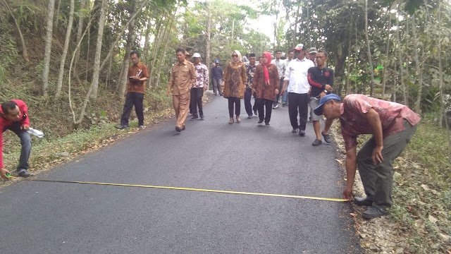DPRD Pangandaran Sidak Proyek Jalan Gunung Kelir-Bojongkondang