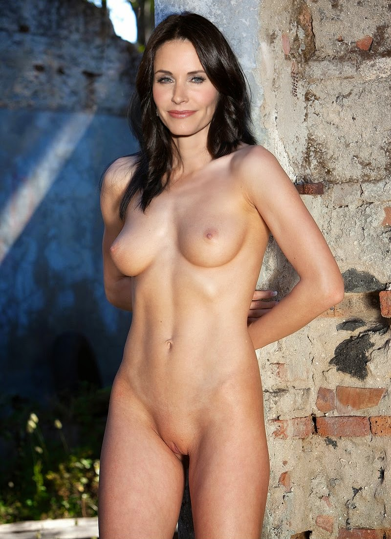 Courtney cox cumshot naked