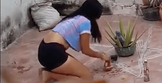 Captan a bella joven haciendo agua de calzón en su casa; video se hace viral