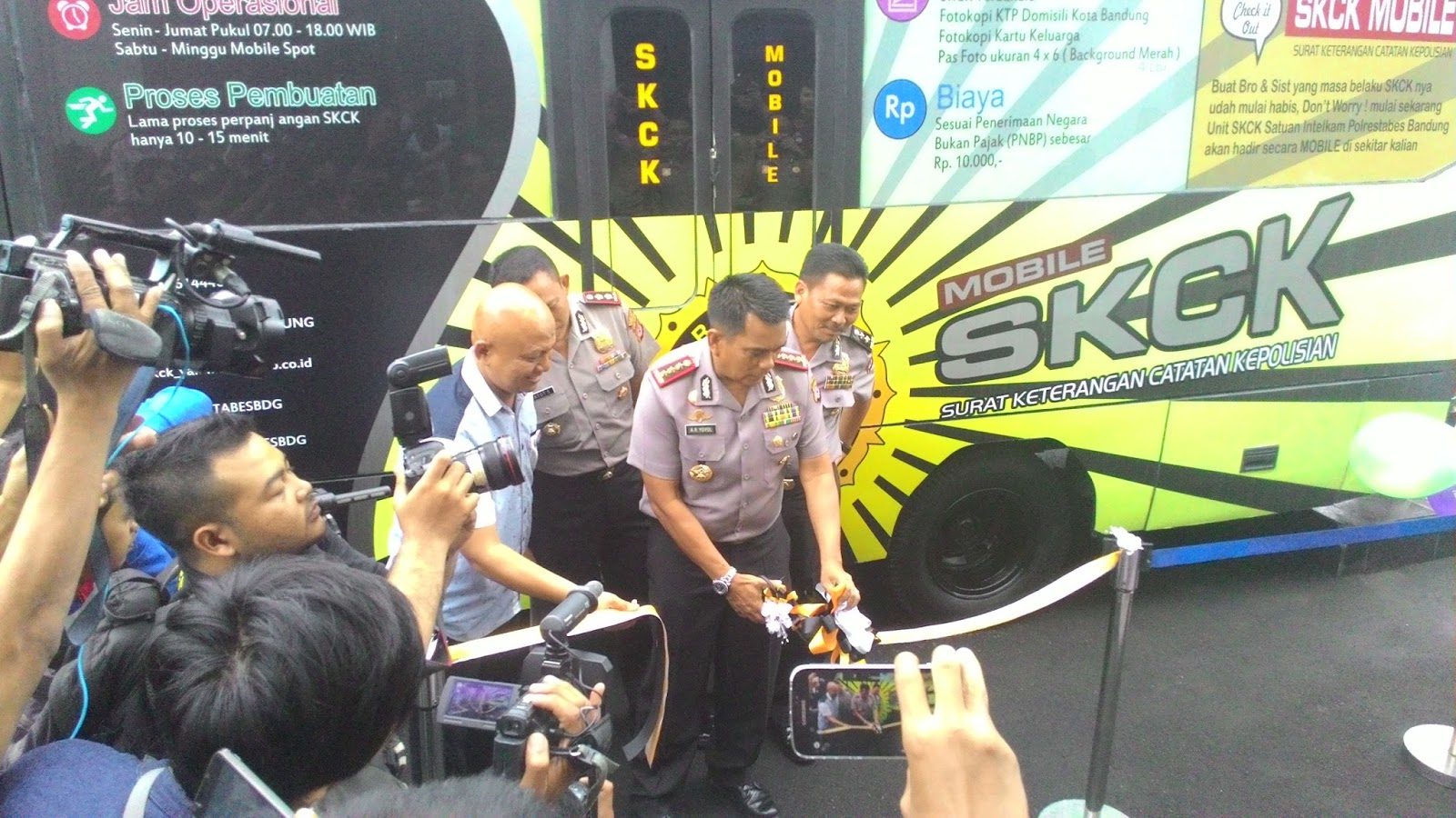 Polrestabes Kota Bandung Luncurkan Mobil Keliling Skck