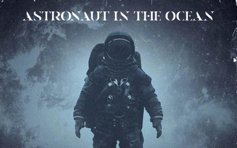 lirik Astronaut in the Ocean terjemahan