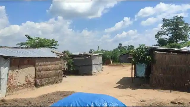 কঠোর লকডাউনে খাদ্য সহায়তা পায়নি গোবিন্দগঞ্জের সাওতাল পল্লী