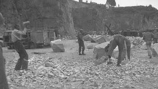 judeus trabalhando em campos de trabalhos forçados alemães