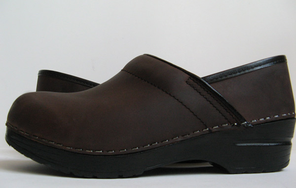 DANSKO BROWN OILED LEATHER PROFESSIONAL WORK CLOGS WOMENS ...