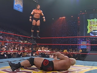 WCW Bash at the Beach - Mike Awesome gets set to pounce on Scott Steiner