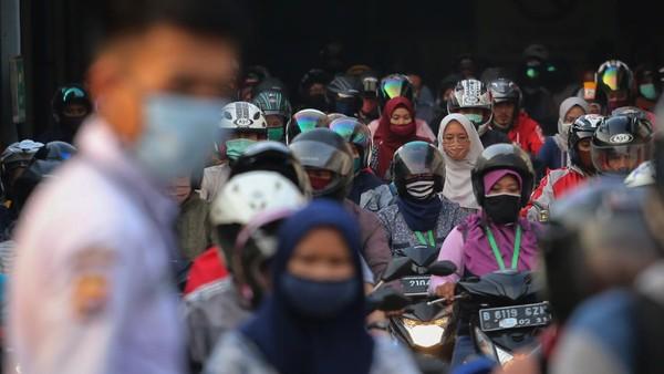 Pemerintah Kelabakan Pengangguran di RI Tembus 9,7 Juta Orang