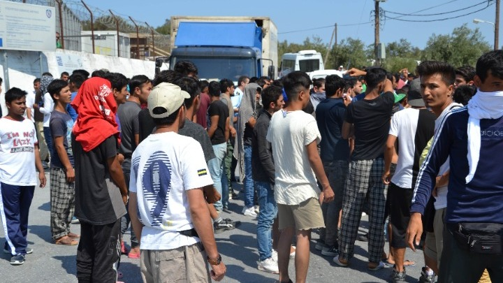 Υπουργείο Μετανάστευσης: Απαντά στις κατηγορίες για επαναπροωθήσεις