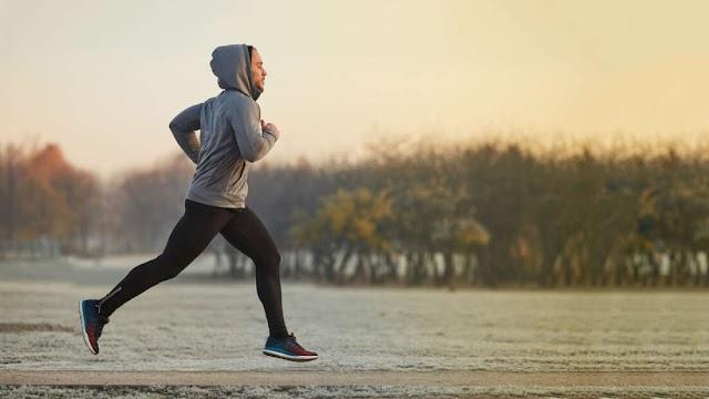 Η άσκηση στο κρύο μπορεί να κάψει περισσότερο λίπος, αλλά τα οφέλη δεν διαρκούν