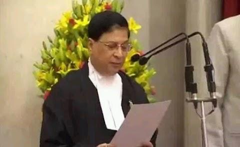 न्यायमूर्ति दीपक मिश्रा बने देश के 45वें मुख्य न्यायाधीश