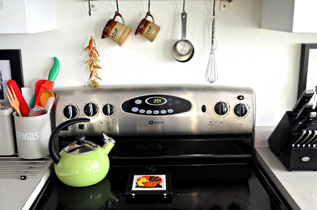 kitchen+stovetop A Colorful Home Tour: Woman in Real Life {Color My Home Summer Blog Series} 30