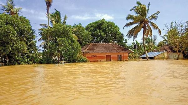 Alappuzha, News, Kerala, Rain, Flood, House, Kerala Rains; Flood in Kuttanad