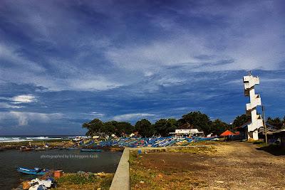 Dermaga Pantai Pamayang Sari-Cipatujah Kabupaten Tasikmalaya