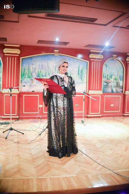 """""""بالصور""""سفيرة السلام منى عقرب تسعد اليتيم فى العيد"""