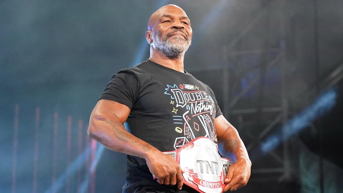 AEW anuncia Mike Tyson e grandes combates para o próximo Dynamite