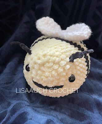 FREE crochet bumble BEE pattern (tik Tok bee pattern )