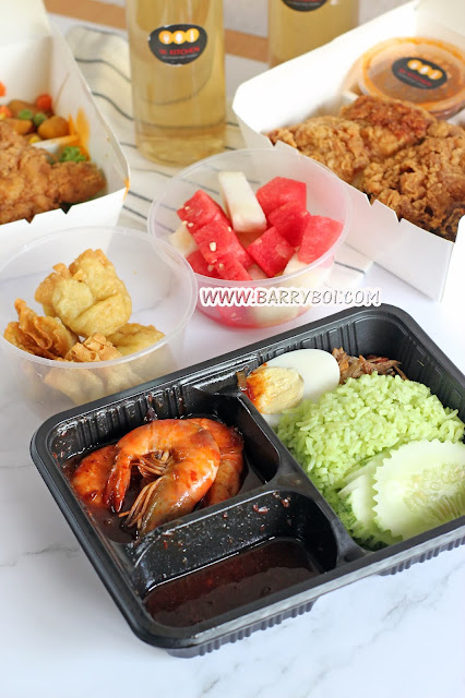 W Kitchen Penang  Delicious Nasi Lemak Penang Food Blogger Food KOL Influencer www.barryboi.com