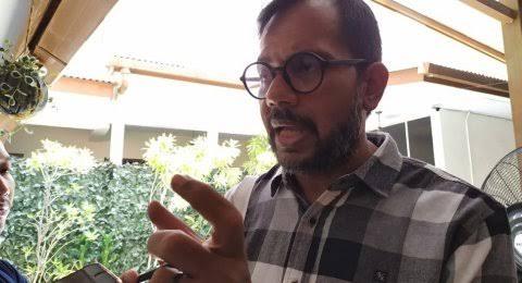 Haris Azhar: Pemerintah Bertindak Sebagai 'Orang Lain' bagi Rakyat