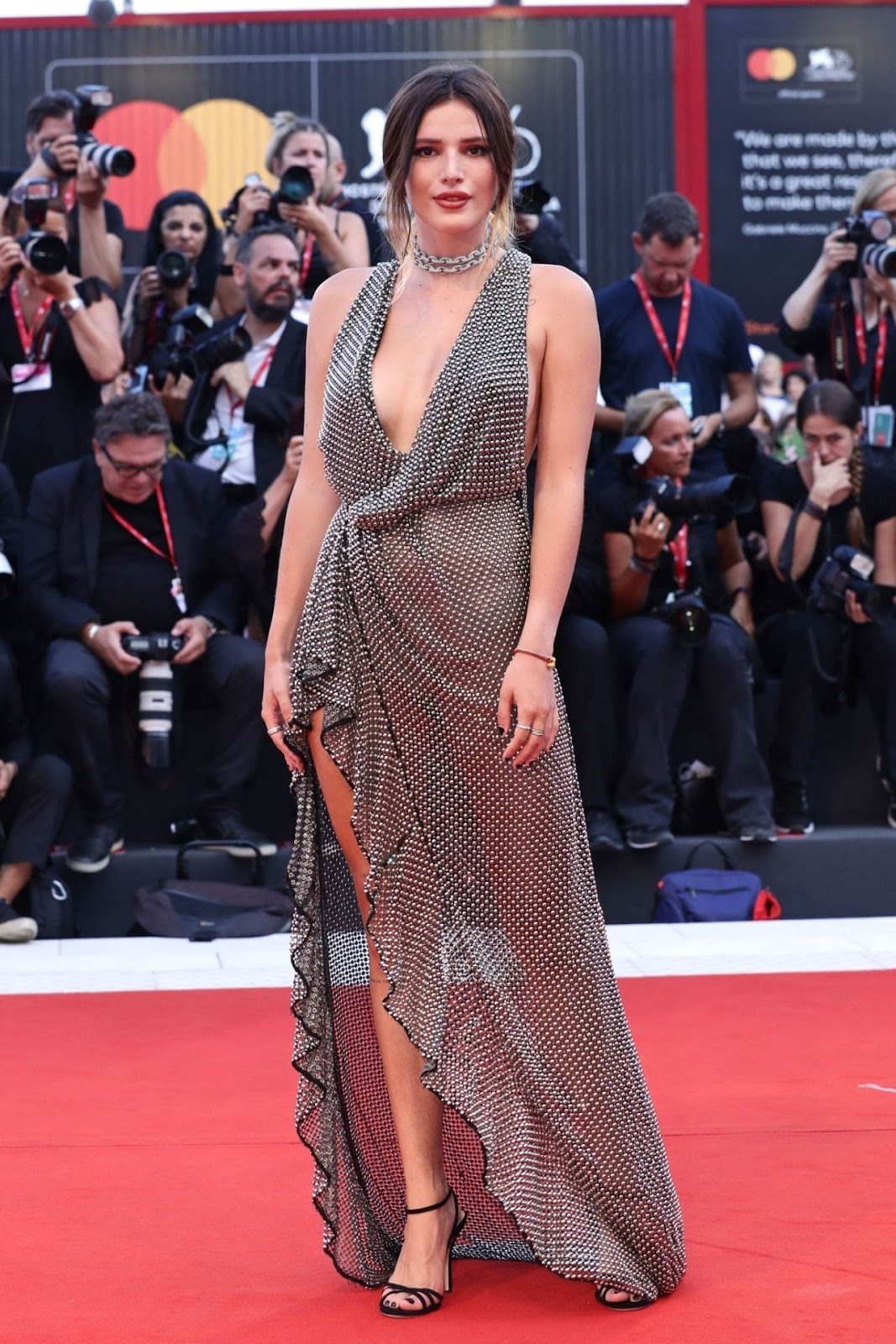 "Bella Thorne on Red Carpet – ""Joker"" Screening at the 76th Venice International Film Festival in Venice, Italy"