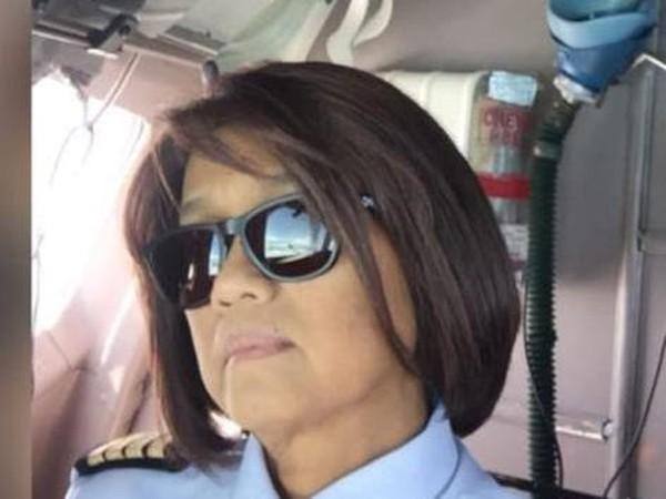 pilot wanita pertama cipluk