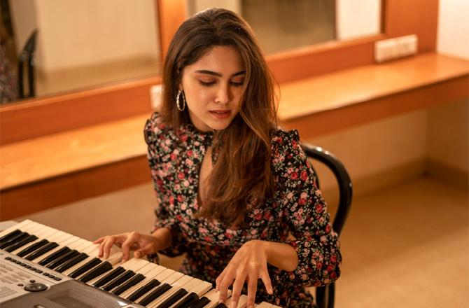 bunty-aur-babli-2-fame-sharvari-wagh-ever-since-i-was-child-i-was-influenced-by-music