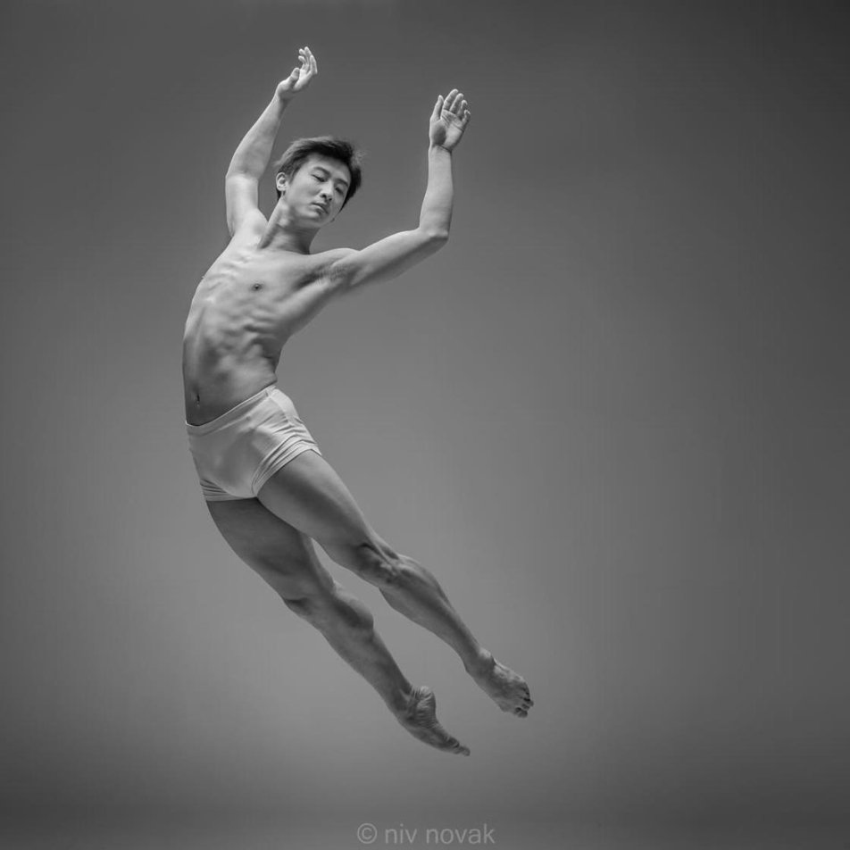 The incredible Energy of the Dancers Captured in Slow Motion by Niv Novak Photography