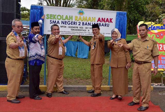SMA Negeri 2 Banjarbaru Launching Absen Online Bagi Guru dan Siswa