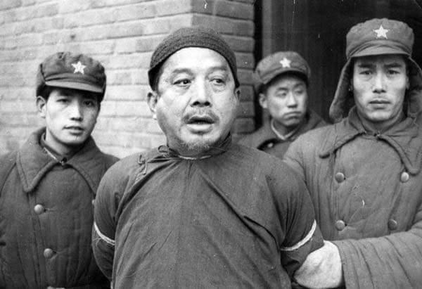 Ketika Mao Zhedong Mempersilahkan Sampaikan Kritik, Ribuan Orang Hilang