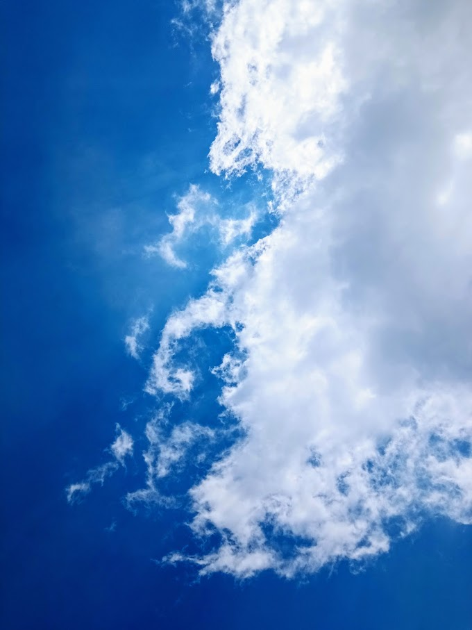 The blue sky and white cloudy