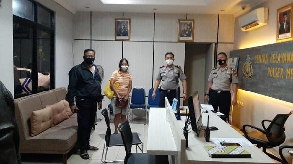 Geger Perempuan Hina Jokowi Berujung Ditangkap Polisi