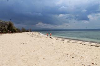 Keindahan Surga Tersembunyi Pulau Tabuhan Banyuwangi