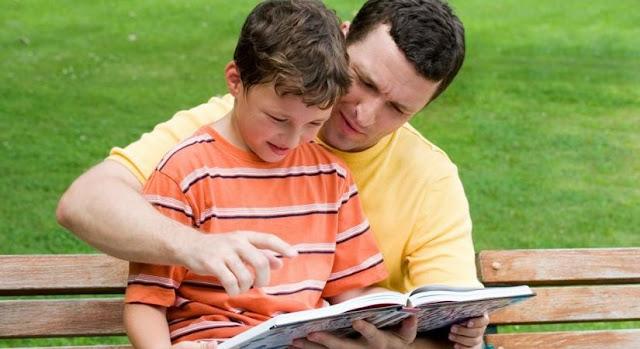 كيف اختار الكتاب المناسب لطفلي؟
