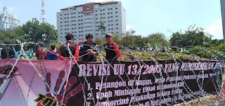 Serikat Buruh Kecam Keras Revisi UU NO 13 Tahun 2019