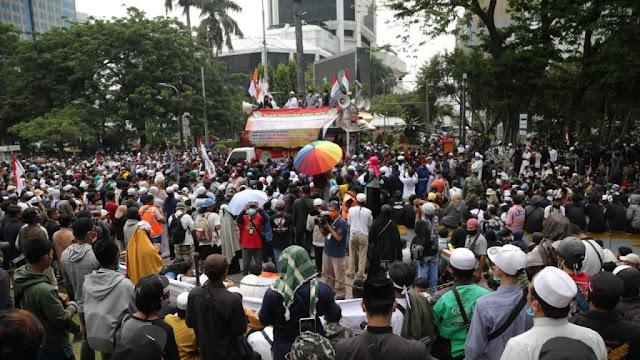 Orator Aksi 1310: Tidak Ada Pilihan Kecuali Kami Meminta Jokowi Mundur!