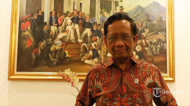 Pimpinan KPK Tolak Dakwah UAS, Mahfud MD: Biasalah