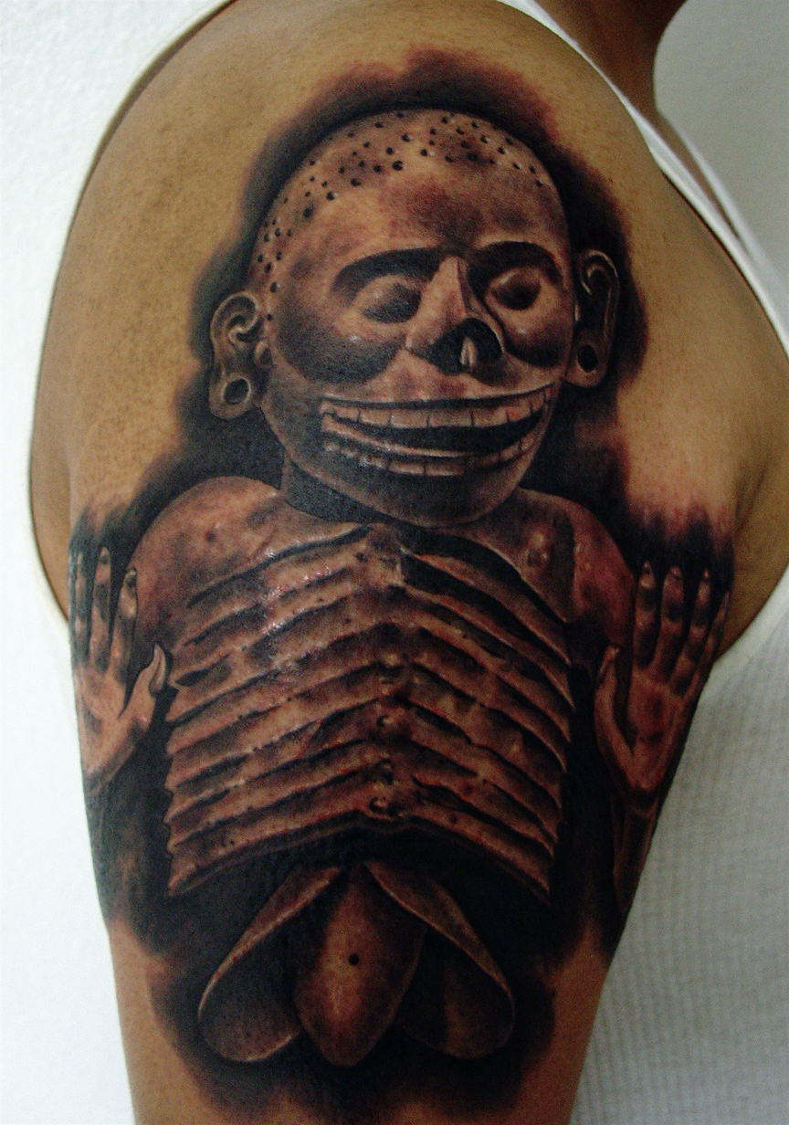d5126c51353fb aztec tattoo covering the shoulder and the arm: Mictlantecuhtli, the lord  of Mictlan