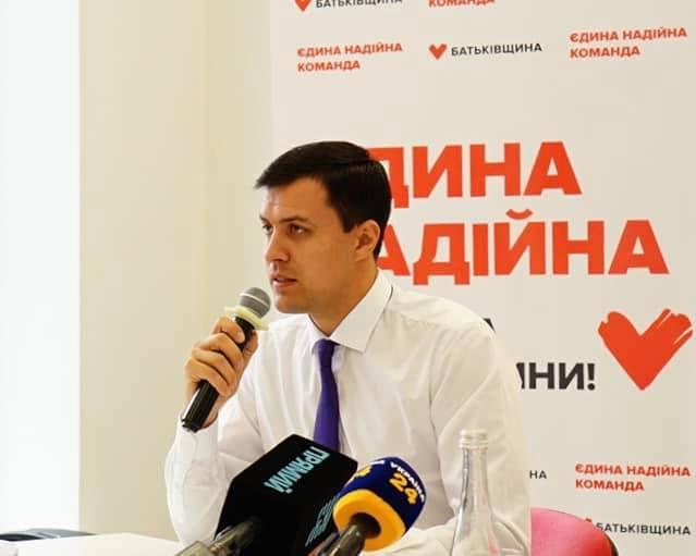 Віталій Нестор: Немає підстав для підвищення тарифів на проїзд у громадському транспорті