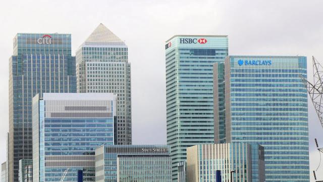 Mengelola Uang di Bank