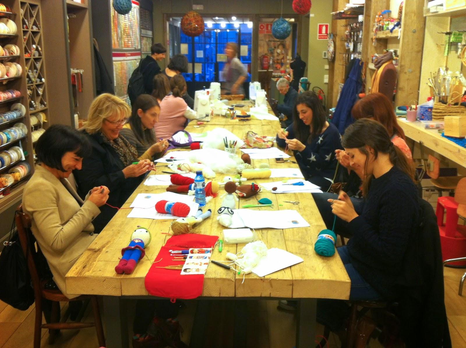 Taller de amigurumi en Rosas Crafts