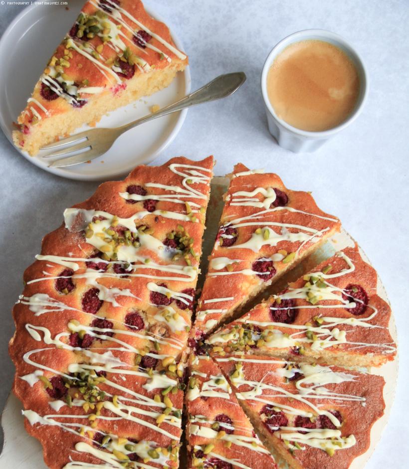 glutenfreier Mandelkuchen mit Himbeeren