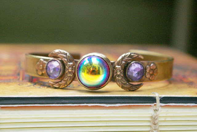 https://www.etsy.com/ca/listing/713623069/moon-bracelet-brass-cuff-ab-ruby-vintage