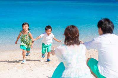 沖縄 ロケーションフォト 海に映える服