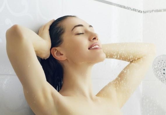 هل يجوز الاستحمام بالماء الساخن للحامل؟