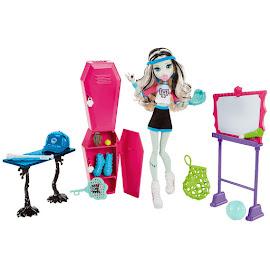 MH Skulltimate Locker Room Dolls