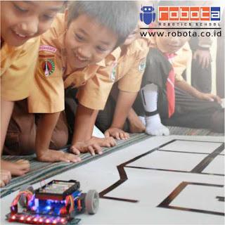Peluang Bisnis Waralaba Kursus Robotik