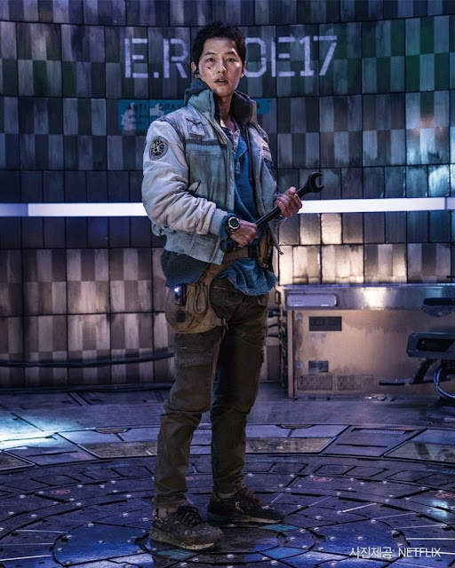 Karakter Song Joong Ki as Kim Tae Ho : Space Sweeper 2021