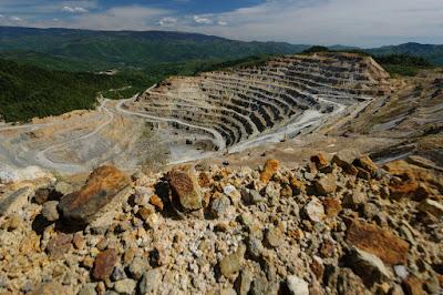 aranybányászat, ciántechnológia, Erdély, Gabriel Resoutces, Roșia Montană Gold Corporation, Verespatak, UNESCO-védettség, Cioloș-kormány, Corina Șuteu