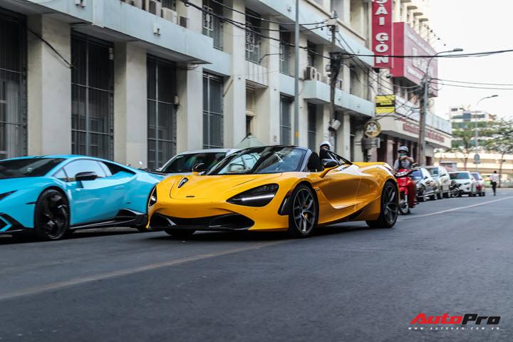 Đại gia Hứa Hà Phương mang McLaren 720S Spider ra phố lần đầu sau gần 1 tháng về nước