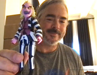 Holiday of Play Loyal Subjects Beetlejuice Action Figure 01